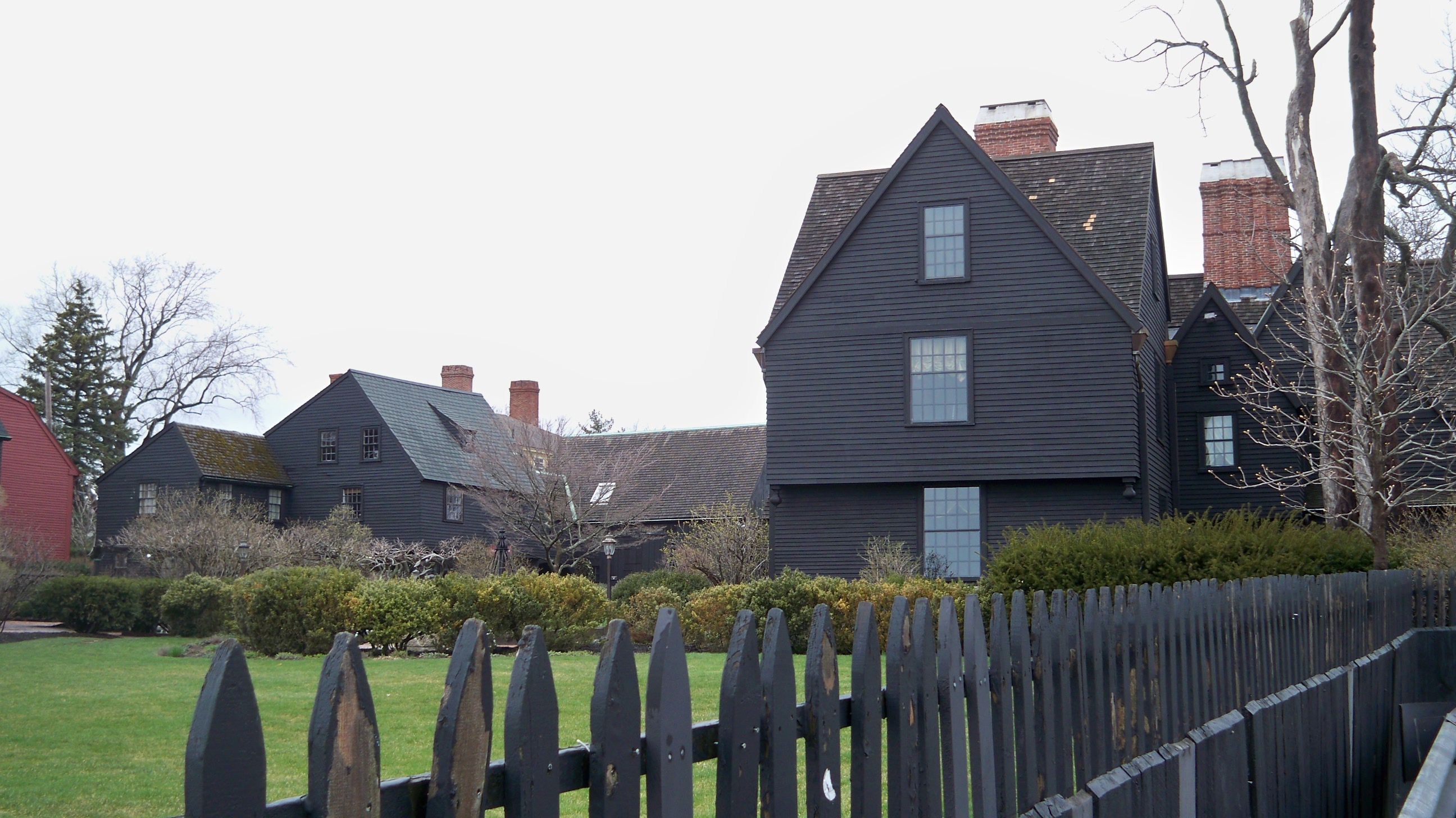house of seven gables essay