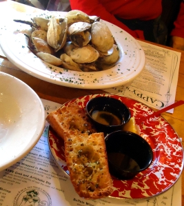 Steamed clams, Cappy's Chowder House