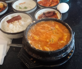 Spicy intestine tofu soup, Kaju Tofu House